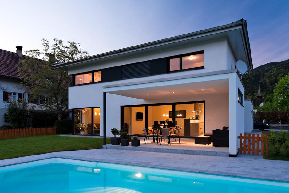 Einfamilienhaus mit pool  Einfamilienhaus# Satteins# Massivbau# Pool# modernes ...