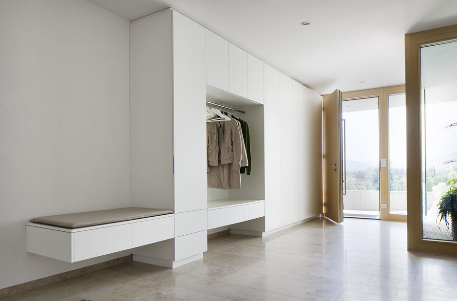 einfamilienhaus hanghaus klaus modern edelstahlpool luxushaus mit pool luxushaus im hang. Black Bedroom Furniture Sets. Home Design Ideas