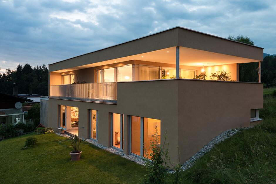 Einfamilienhaus Batschuns Modern Massivbau Moderne
