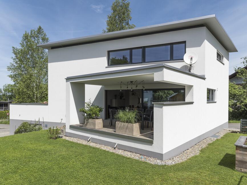 einfamilienhaus h rbranz modern massivbau moderne. Black Bedroom Furniture Sets. Home Design Ideas